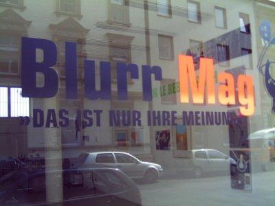 Kunstbüro Düsseldorf präsentiert das BLURR-Zine